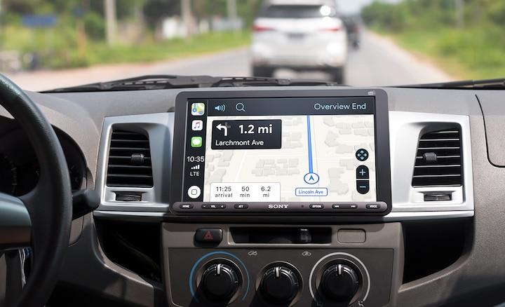 XAV-AX8050D met routebeschrijvingen van Apple CarPlay